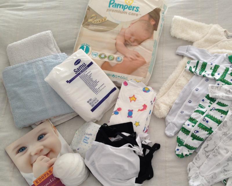 Zoznam vecí na oddelenie šestonedelia pre seba a bábätko - tie prinesie manžel po pôrode.