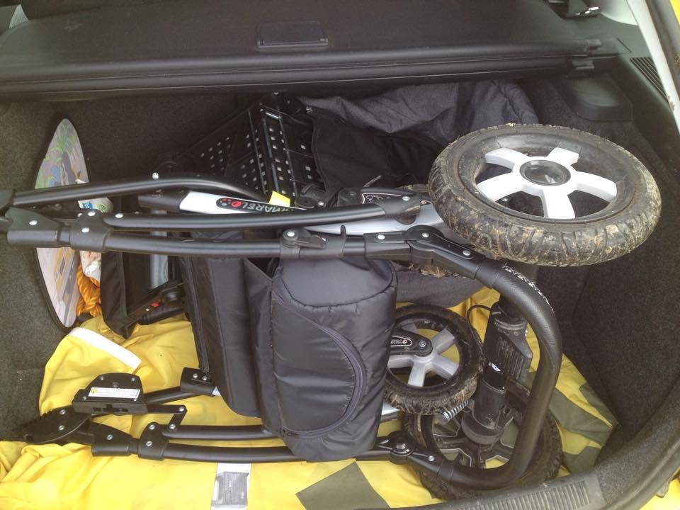 Camarelo Malage v kufri auta