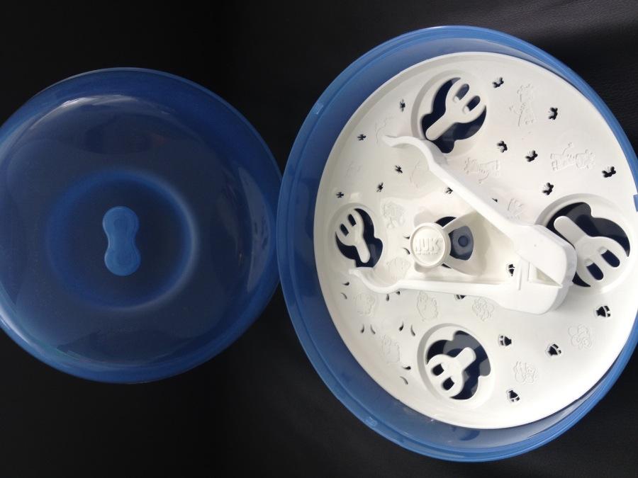 Sterilizátor do mikrovlnnej rury NUK zloženie