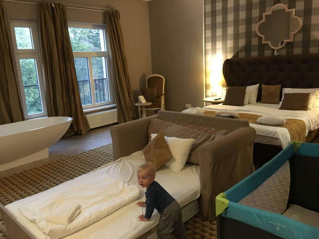 Obrovská rodinná izba hotel Oxigén Noszvaj